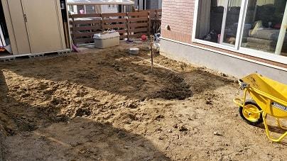 初心者の芝植え 土づくり