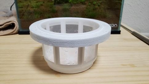メダカの稚魚飼育容器